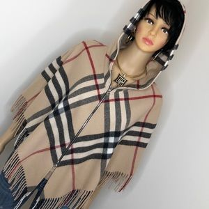Authentic Burberry hooded poncho